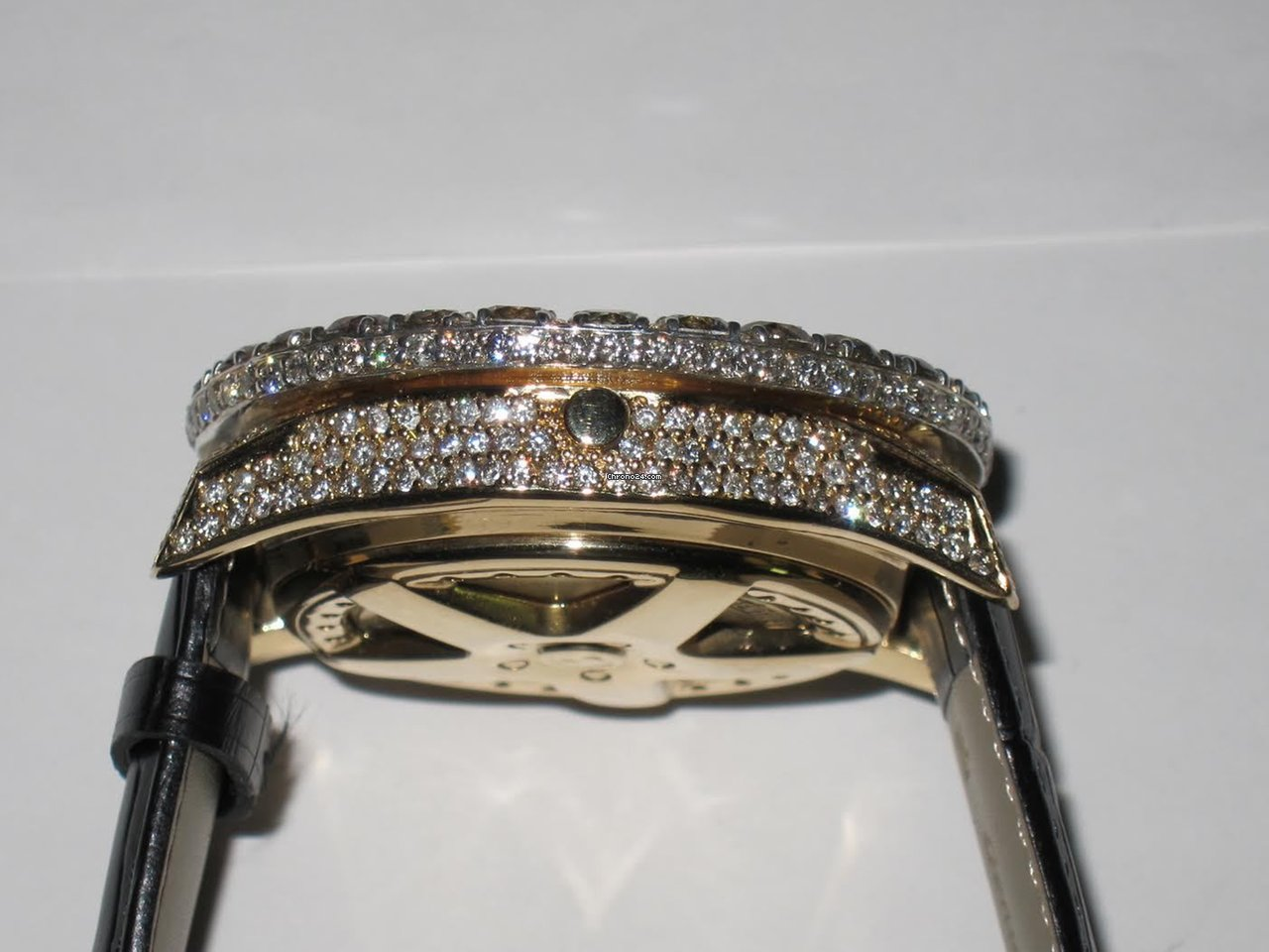 Breitling Bentley 6 75 18k Solid Gold Diamond Automatic For 19 999 For Sale From A Trusted Seller On Chrono24