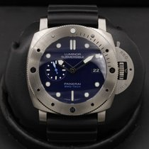 Panerai Blue 47mm pre-owned Luminor Submersible