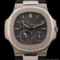 Patek Philippe Nautilus White gold 40mm Grey No numerals United States of America, New York, New York