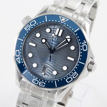 Omega Seamaster Diver 300 M Steel 42mm Grey