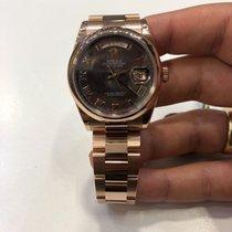 Rolex Day-Date 36 Ruzicasto zlato 36mm
