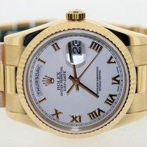 Rolex Day-Date 36 Or jaune 36mm Blanc Romain