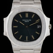Patek Philippe Nautilus pre-owned 37mm Platinum