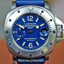 Panerai Luminor Submersible pre-owned Blue Date Rubber