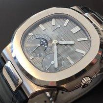 Patek Philippe Nautilus White gold 40mm Grey No numerals