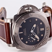 Panerai Special Editions PAM 00569 2015 pre-owned