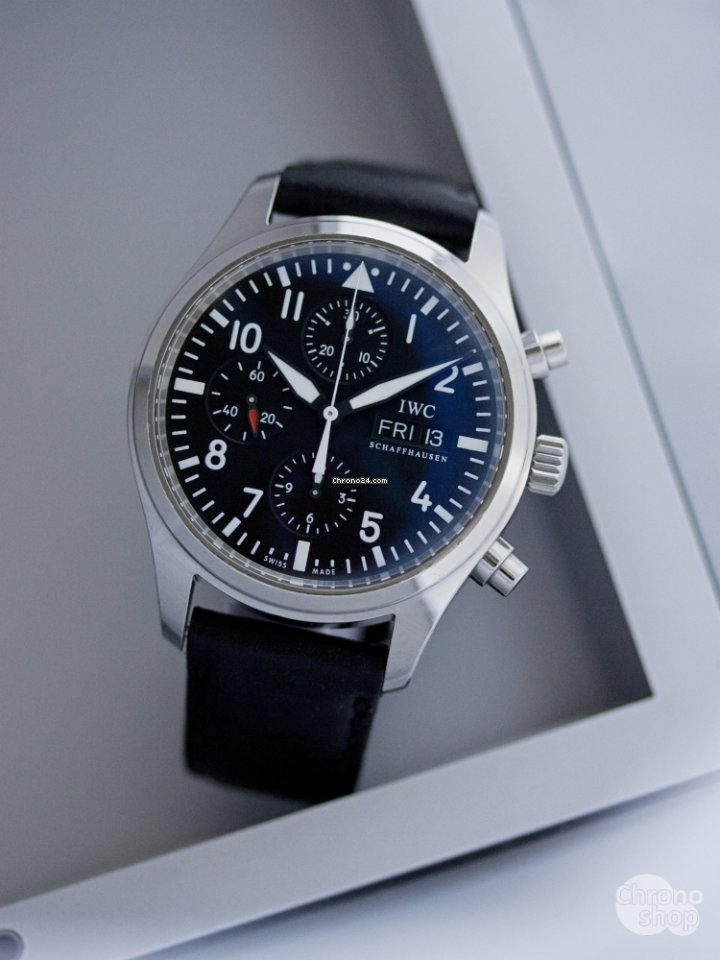 f3f33dab8 Koupě hodinek IWC | Porovnání hodinek IWC online - luxusní hodinky na  Chrono24