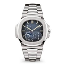 Patek Philippe Nautilus 5712/1A-001 New Steel 40mm Automatic