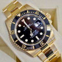 Rolex Submariner Date Yellow gold 40mm Black No numerals