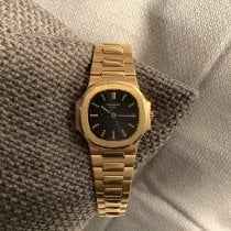 Patek Philippe 3800/1 Yellow gold 1988 Nautilus 37mm pre-owned