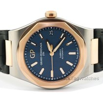 Girard Perregaux Laureato new 2020 Automatic Watch with original box and original papers 81010-26-1834-BB6A