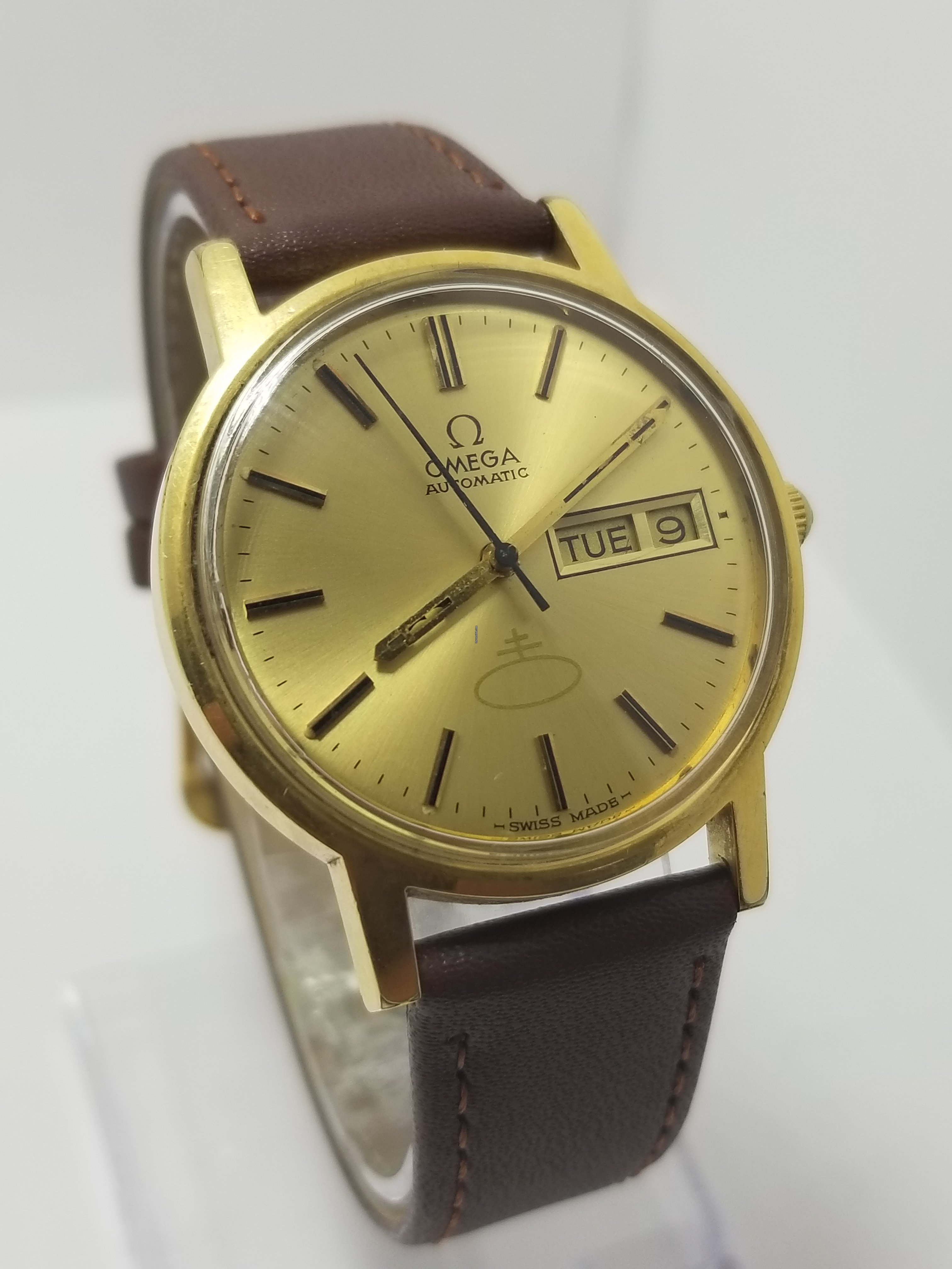 Omega Vintage OMEGA Automatic cal 1022 sold on Chrono24
