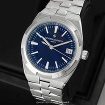 Vacheron Constantin Overseas pre-owned 41mm Blue Date Year Steel