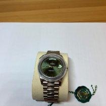 劳力士 Day-Date 40 白金 40mm 绿色 罗马数字