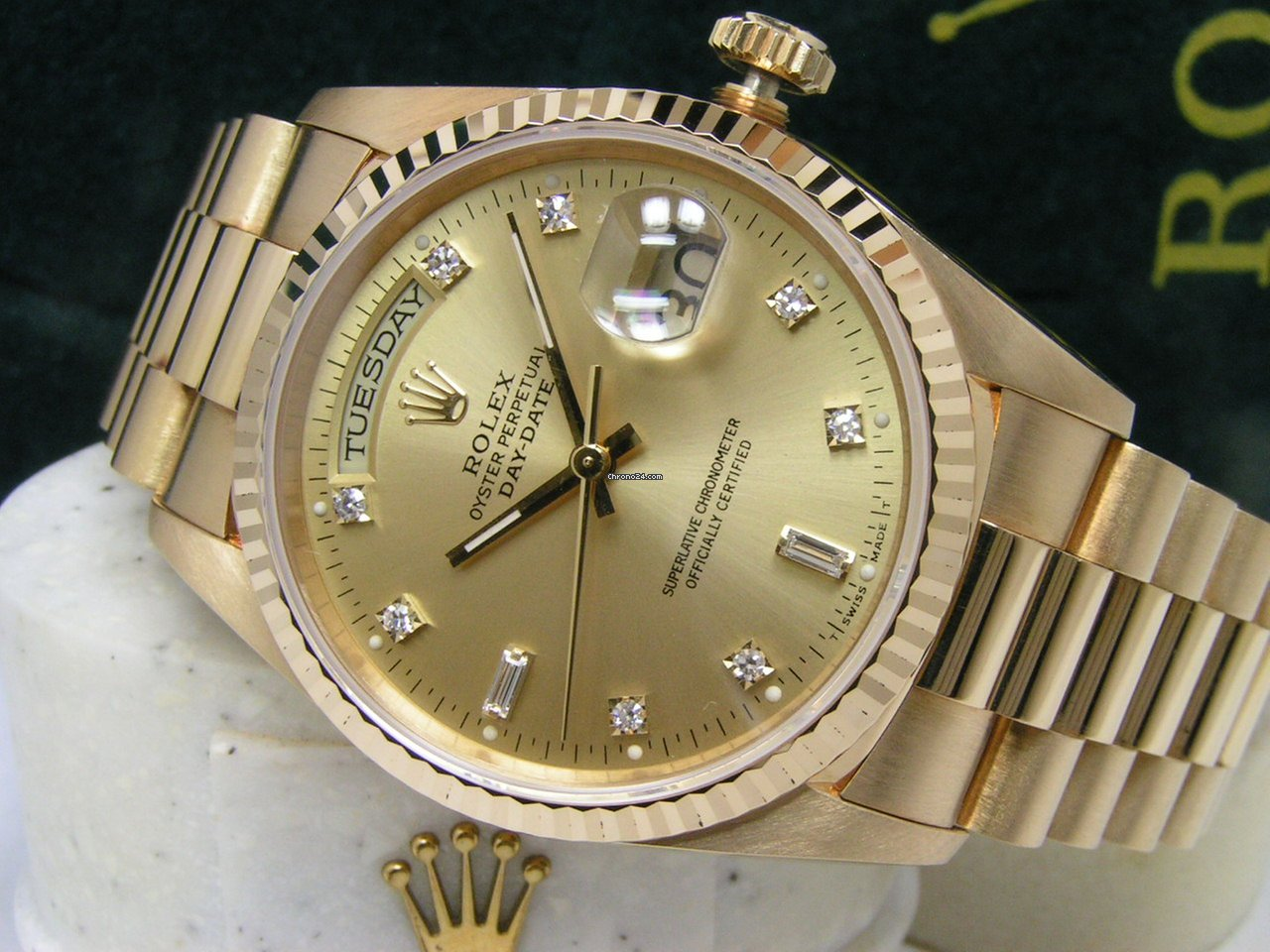 2bff186427d Buy affordable diamond watches on Chrono24