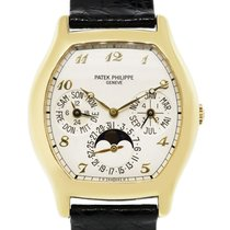 Patek Philippe Perpetual Calendar pre-owned 35mm Silver Moon phase Date Month Perpetual calendar Leather