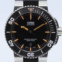 Oris Steel Automatic Black No numerals 43mm pre-owned Aquis Date