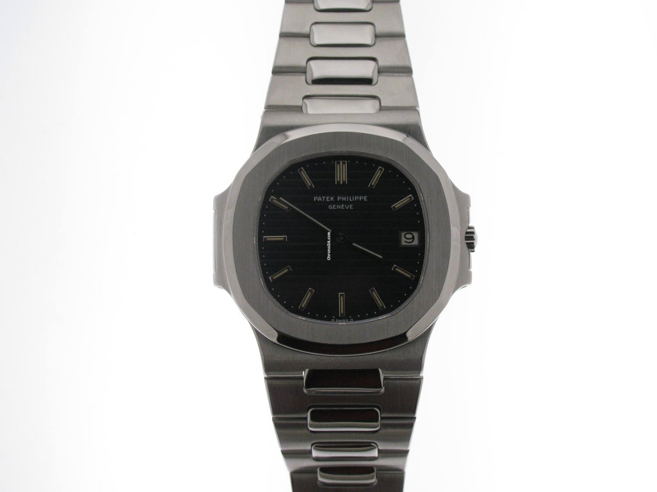 Patek Philippe Nautilus Jumbo 3700 For 99 068 For Sale From A