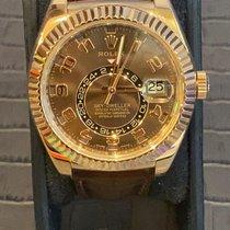 Rolex Sky-Dweller Oro rosado 42mm Marrón Árabes