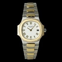 Patek Philippe 4700 Gold/Steel Nautilus 28mm pre-owned
