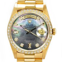 Rolex Day-Date Or jaune 36mm Nacre