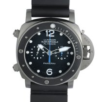 Panerai Luminor Submersible 1950 3 Days Automatic Titán 47mm Fekete