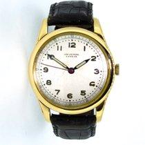 Universal Genève 18K Gold dresswatch
