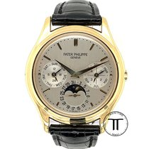 Patek Philippe Yellow gold Automatic Silver No numerals 36mm pre-owned Perpetual Calendar