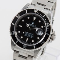 Rolex Submariner 16610 top condition LC 100 box and papers