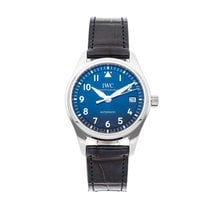 IWC Pilot's Watch Automatic 36 pre-owned 36mm Blue Date Crocodile skin
