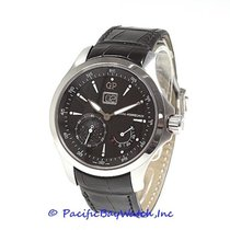 Girard Perregaux Traveller 49650-11-632-BB6A pre-owned