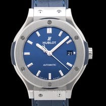 Hublot Classic Fusion Blue new Automatic Watch with original box and original papers 565.NX.7170.LR