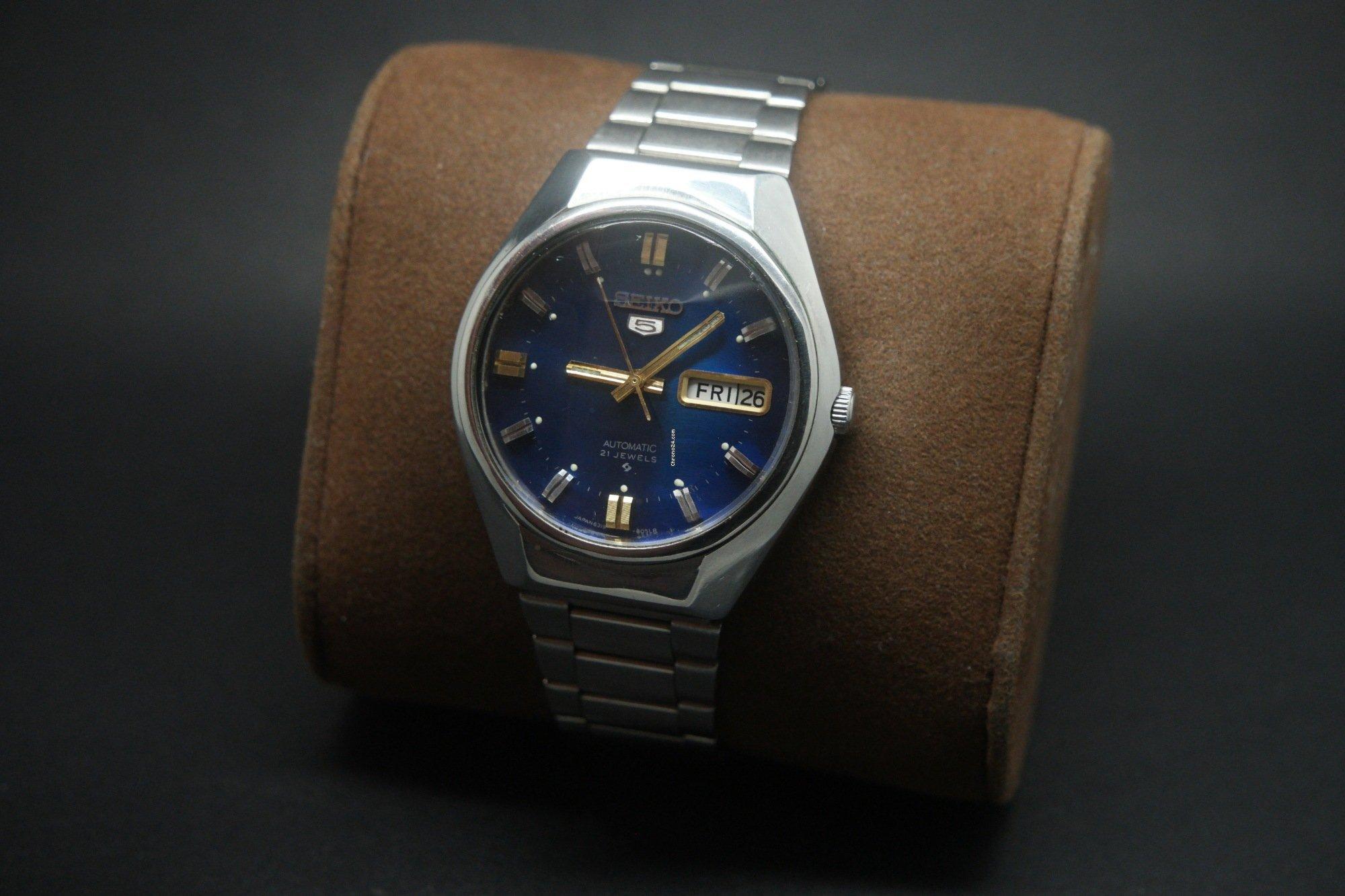 Seiko Vintage Seiko 5 Automatic Day Date 21 Jewels Watch