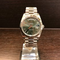 Rolex Day Date Whitegold 40mm Green Roman Dial 228239