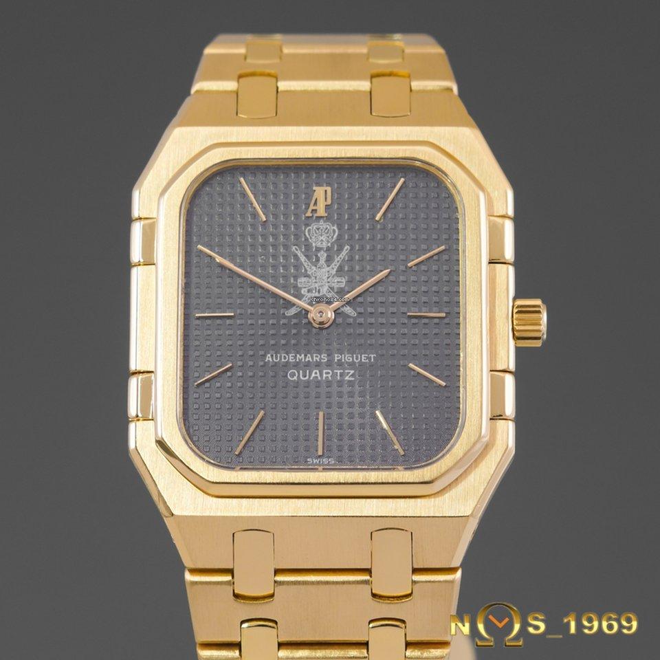 8ee282027fc Audemars Piguet Royal Oak 18K Gold OMAN CREST Men s for  12