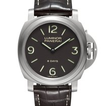 Panerai Luminor Base 8 Days PAM00562 pre-owned