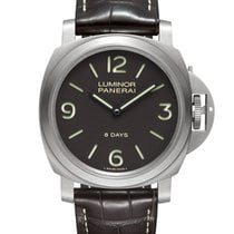 Panerai Luminor Base 8 Days usados Piel