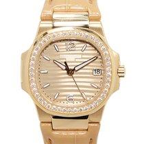Patek Philippe Nautilus 18k Rose Gold Gold Quartz 7010R-012
