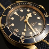 튜더 (Tudor) Heritage Black Bay Bronze Blue Bucherer