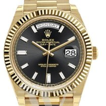Rolex Day-Date 40 Yellow gold Black