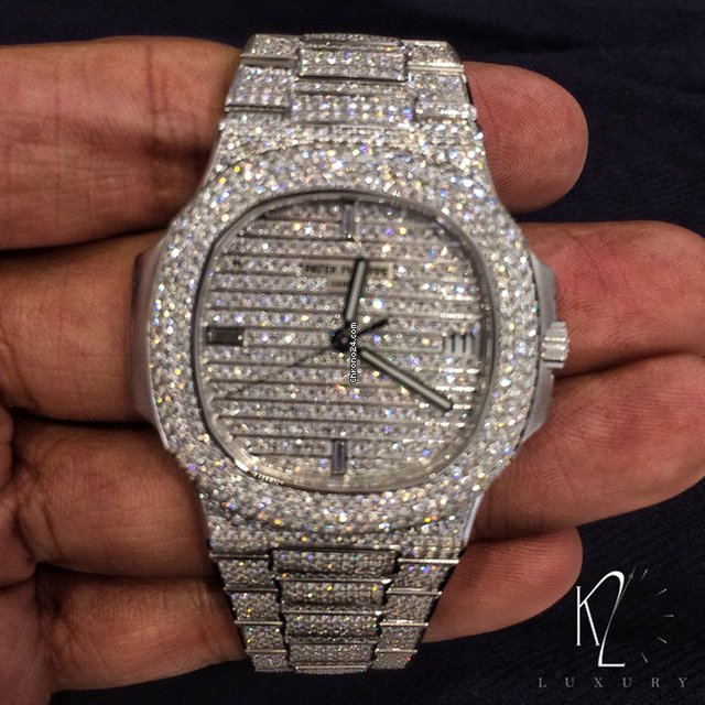 Patek Philippe 5719 1g Nautilus White Gold Diamond Paved