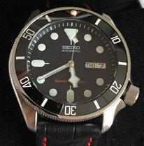 Seiko SKX009K2 Diver umfangreich modifiziert