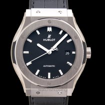 Hublot Classic Fusion 45, 42, 38, 33 mm new Automatic Watch with original box and original papers 542.NX.1171.LR