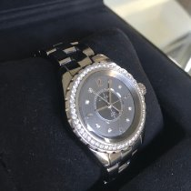 Chanel J12 H2566 2014 pre-owned
