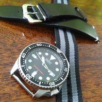 セイコー SKX007K2 スチール Prospex (Submodel) 42mm