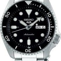 Seiko 5 Sports Steel 42,5mm Black