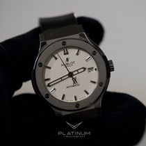 Hublot Classic Fusion Quartz 581.NX.2610.RX Good Titanium 33mm