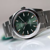 Rolex OYSTER PERPETUAL 34mm Green Dial Unworn