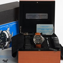 Panerai Luminor Base Steel 44mm United Kingdom, Kent